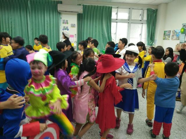 http://www.bcps.hlc.edu.tw/uploads/tadgallery/2017_10_31/631_萬聖節活動_171031_0050.jpg